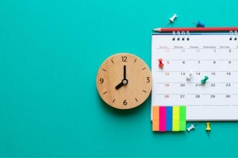 オシャレな時計とカレンダー